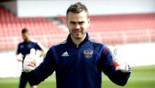 picture 220x125 - Акинфеев заявил, что не намерен возобновлять карьеру в сборной России