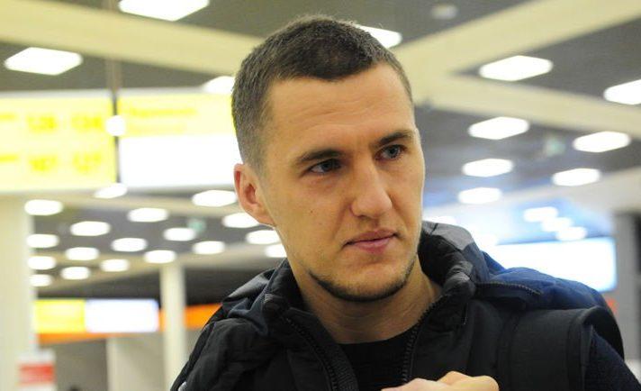 DObBj cWsAA5nhW 712x434 - Виктор Васин: Это совпадение, что в ЦСКА у меня больше ошибок