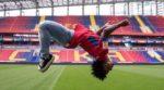 Сантос: Мечтаю сыграть в футбол и спеть с Игорем Акинфеевым